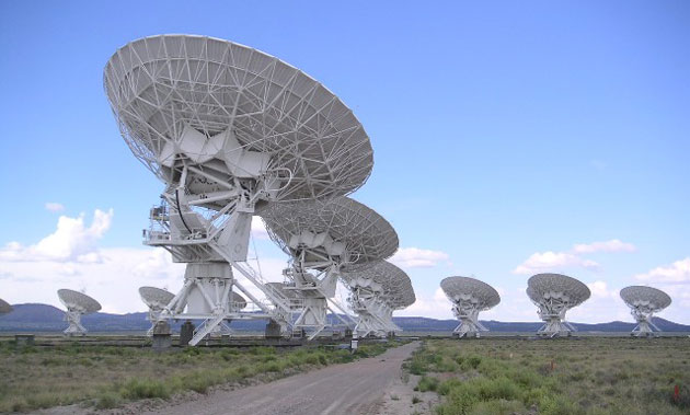 Symbolbild: Die Radioteleskope der Very Large Array in New Mexico. Copyright: Hajor (via WikimediaCommons), CC BY-SA 3.0