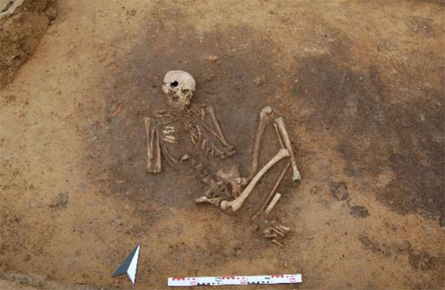 Mögliches Wiedergänger-Grab aus der Jungsteinzeit bei Theißen entdeckt