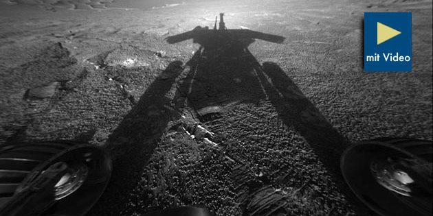 """Aufnahme des eigenen Schattens auf der Mars-Oberfläche durch den Mars-Rover """"Opportunity"""" im Juli 2004. Copyright: NASA/JPL-Caltech"""