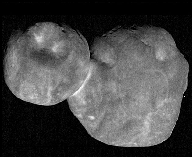 "Das Kuiper-Gürtel-Objekt ""Ultima Thule"" aus 6.628 Kilometern Distanz. Copyright: NASA/Johns Hopkins Applied Physics Laboratory/Southwest Research Institute, National Optical Astronomy Observatory"