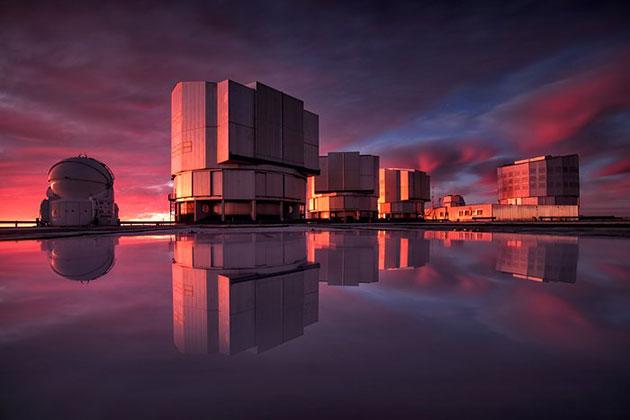 Blick auf das jetzt mit dem NEAR-Instrument ausgerüsteten Very Large Telescope (VLT) der ESO. Copyright: A. Ghizzi Panizza/ESO