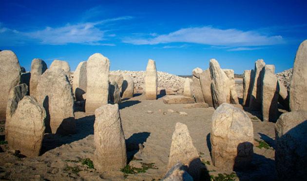 """Peraleda de la Mata: Hitzewelle legt """"spanisches Stonehenge"""" frei"""