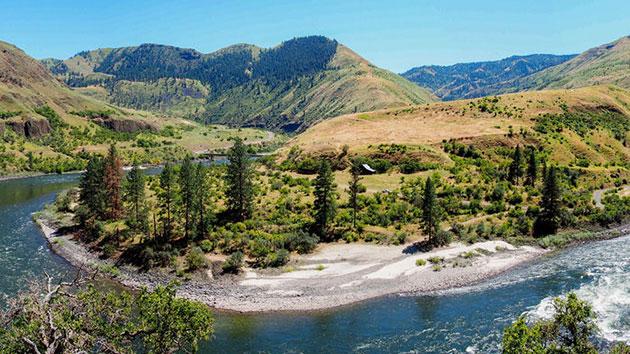 Blick auf Cooper's Ferry im westlichen Idaho Copyright: Loren Davis