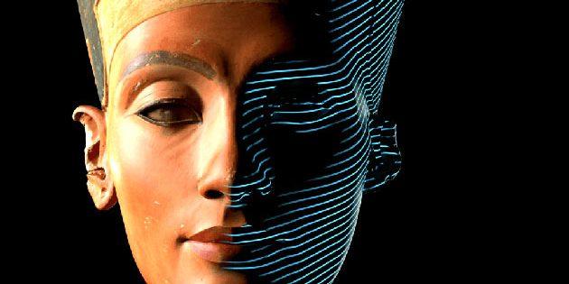 Frontalansicht des 3D-Scans der Nofrete-Büste im Ägyptischen Museum Berlin Quelle/Copyright: Cosmo Wenman / Creative Commons (CC BY-NC-SA) / Stuftung Preußischer Kuturbesitz (SPK)