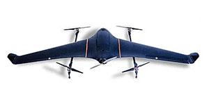 Eine typische Starrflügler-Drohne mit Senkrechtstartfunktion (VTOL). Diese Drohen sind dafür gedacht vertikal zu starten und zu landen, aber nicht dafür konzipiert, für längere Zeit an Ort und Stelle zu schweben.