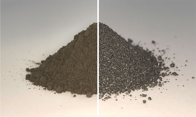 Das Bild zeigt die Ausgangsprobe simulierten Mondbodens, sog. Regolith (l.), und die gleiche Probe nachdem jeglicher Sauerstoff daraus extrahiert wurde, wodurch ein Gemisch aus Metalllegierungen zurückbleibt (r.). Sowohl der Sauerstoff als auch die Metalle können von zukünftigen Mondbewohner genutzt werden. Copyright: Beth Lomax - University of Glasgow