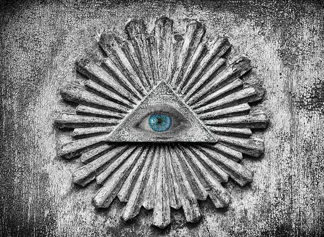 Symbolbild: Das sog. allsehende Auge. Copyright: knollzw (via Pixabay.com) / Pixabay License