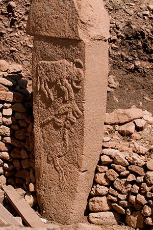 Tierdarstellungen auf einem Pfeiler von Göbekli Tepe. Copyright: Teomancimit (via WikimediaCommons) / CC BY-SA 3.0