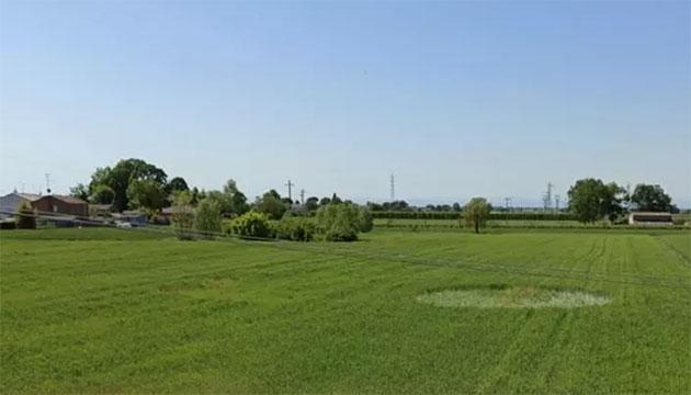 Blick auf den ersten Kornkreis des Jahres 2020, entdeckt am 8. Mai nahe Saterno. Quelle: www.corriereromagna.it