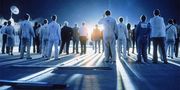 "Symbolbild: Erstkontakt. Szenenbild aus Steven Spielbergs ""Unheimliche Begegnung der dritten Art"" (1977). Copyright: Park Circus / Sony"