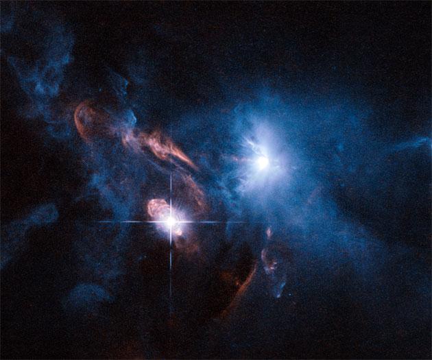 """Symbolbild: Hubble-Aufnahme der Sternensystem """"XZ Tauri"""" und """"HL Tauri"""". Copyright: ESA/Hubble"""