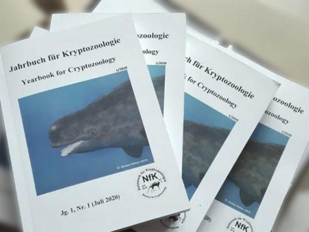 """Titelumschlag der Erstausgabe des """"Jahrbuch für Kryptozoologie"""". Copyright/Quelle: netzwerk-kryptozoologie.de / N.G. Cincinnati"""