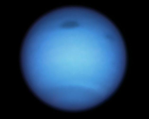 Neptun in einer Hubble-Aufnahme vom Januar 2020. Copyright: NASA, ESA, STScI, M.H. Wong (University of California, Berkeley), and L.A. Sromovsky and P.M. Fry (University of Wisconsin-Madison)