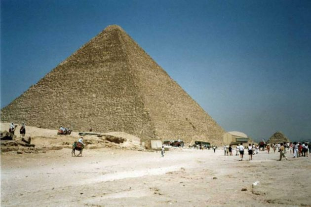 Blick auf die Große Pyramide von Gizeh. Copyright: A. Müller, für grenzwissenschaft-aktuell.de
