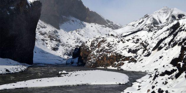 Der Austritt eines Schmelzwasserabflusses am Kötlujökull-Gletscher auf Island. Copyright: Eric S. Boyd.