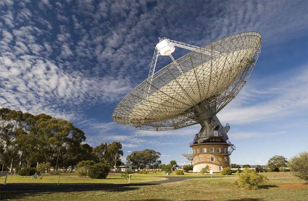 Das Parkes-Radioteleskop. Copyright: CSIRO/Wikipedia, CC BY-SA
