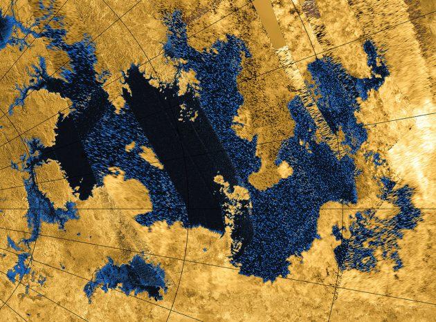 Kolorierte Cassini-Radaraufnahme der nördlichen Titan-Seen mit dem zentralen Kraken Mare. Copyright: NASA / JPL-Caltech / Agenzia Spaziale Italiana / USGS