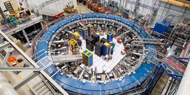 """Blick auf den """"Muon g-2""""-Ring am Teilchenbeschleuniger des Fermilab nahe Chicago. Copyright: Reidar Hahn/Fermilab"""