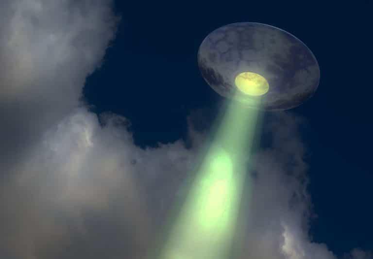 Symboldbild: UFO/UAP (Illu.) Copyright: ID 12995263 (via Pixabay.com) / Pixabay License